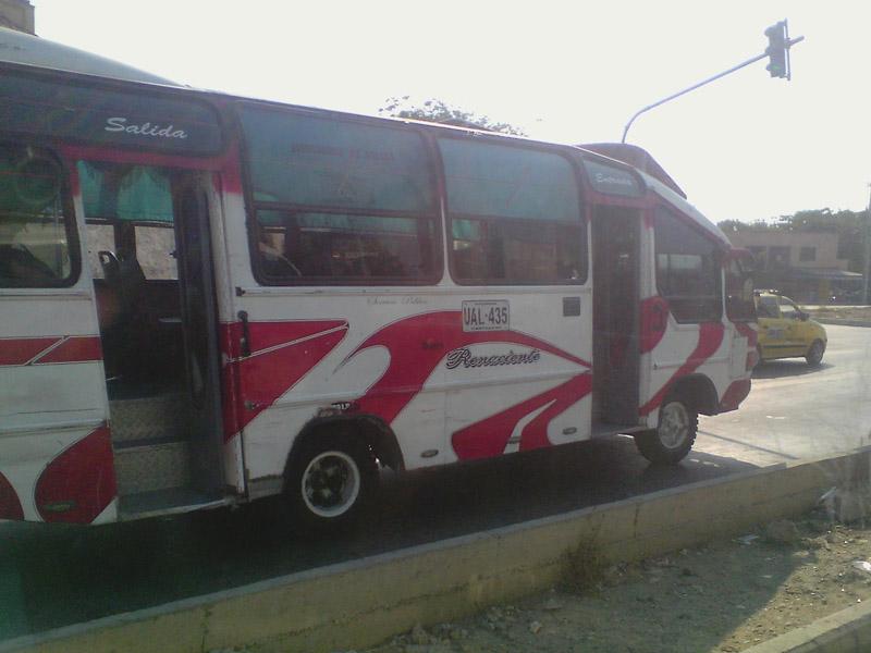 Buseta Colombiana